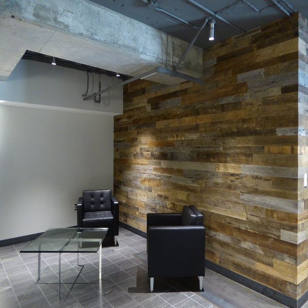 reclaimed barn wood wrapped plank wall